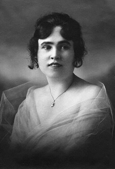 Black and white photo of Lorraine Collett, who posed as the Sun-Maid girl